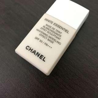 Chanel淨白防護妝前乳SPF30.PA++