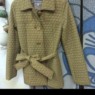 🚚 駝色超輕外套