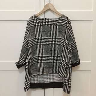 (已售出)全新千鳥格側邊拉鏈設計七分袖上衣