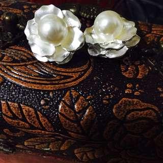 🌺珍珠花夾式耳環🌺手做