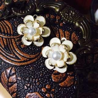 🌼珍珠花第二款夾式耳環🌼手做