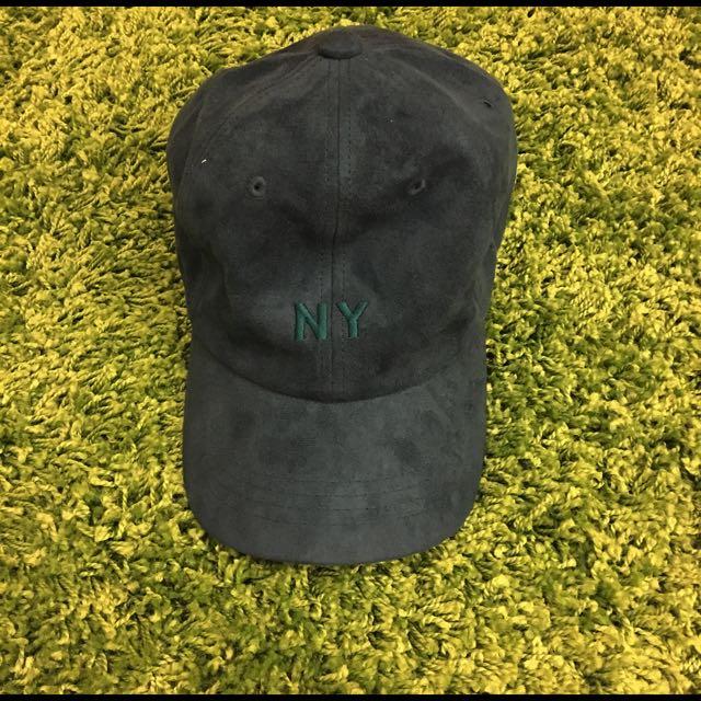 只戴過一次的麂皮深綠色高質感韓國製老帽