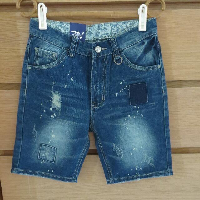 刷破補丁造型短褲