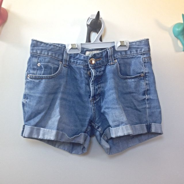 Mid Rise Blue Denim Shorts (size 8)