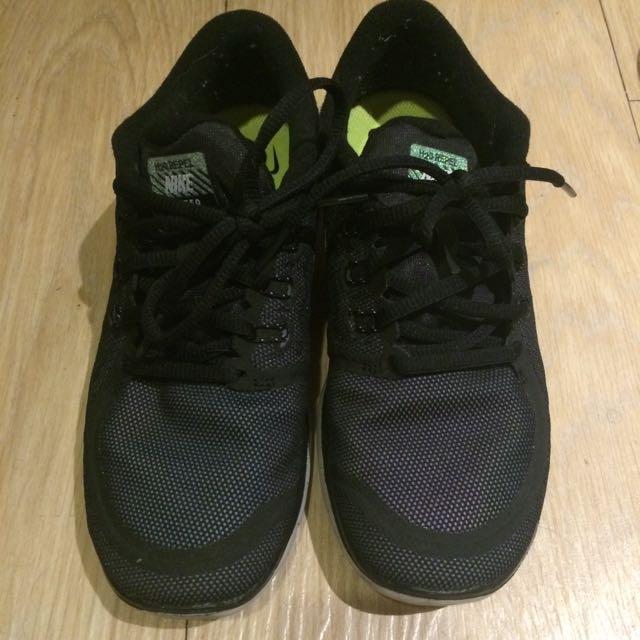 Nike 5.0 運動鞋