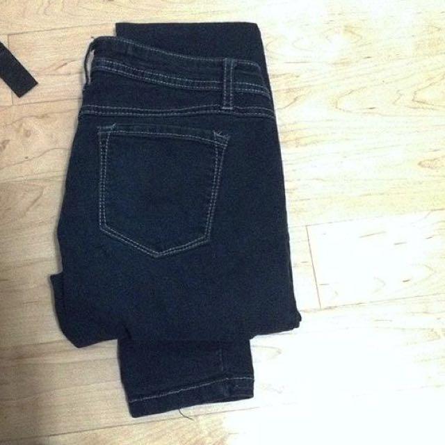simple Black Jeans