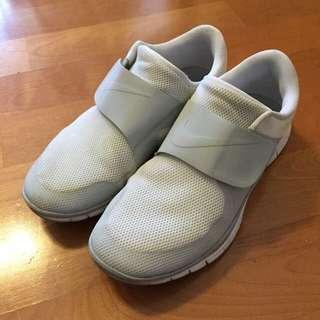 Nike Free Socfly