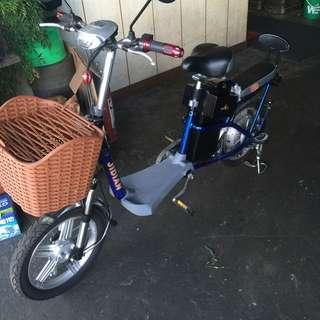 電動腳踏車