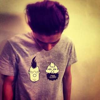T-shirt 上衣 潮流 自創 男生 女生