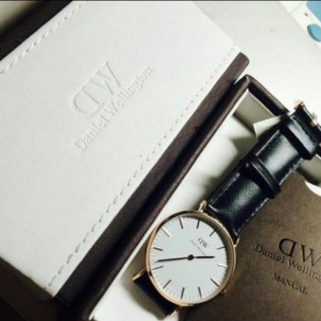 全新 40mm DW真皮手錶