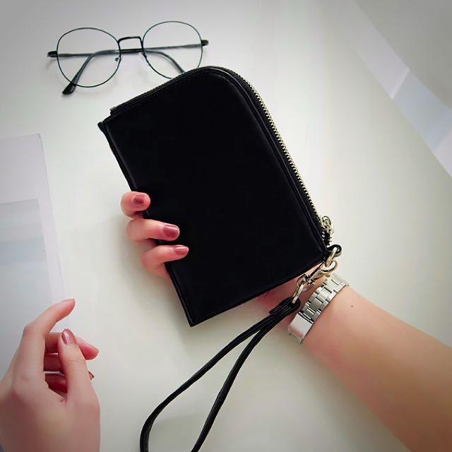 (兩個免運) 現貨韓國頸掛包💕黑白兩色 手機包 手拿包