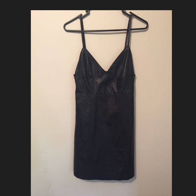 BARDOT Size 10 Black Dress