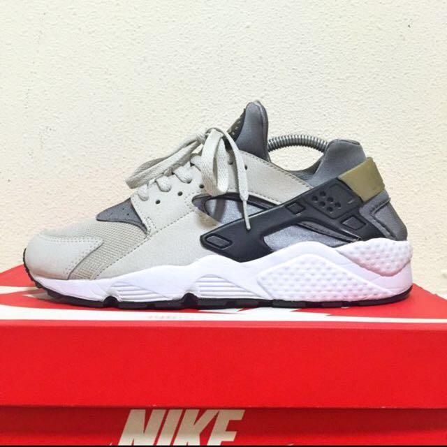 5191d344985b Nike Air Huarache Light Ash Grey