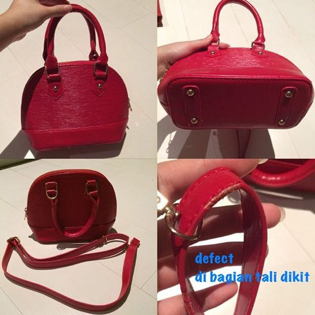 red alma bag