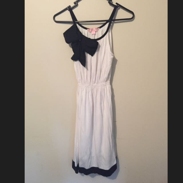 SASS Size 10 Dress
