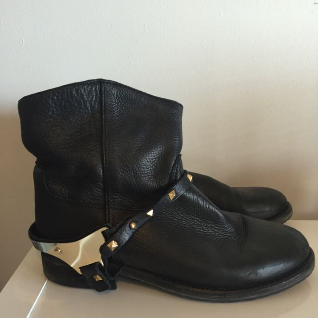 STEVE MADDEN Black Leather Boots, Size 39