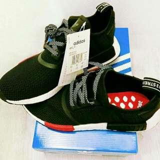 Adidas R_1 footlocker聯名