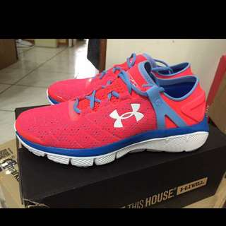 全新UA慢跑鞋