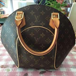 Louis Vuitton Ellipse PM Handbag