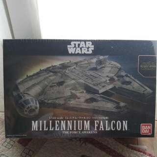 Star Wars Millenium Falcon Bnib
