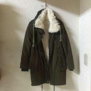 保留👌🏻軍綠保暖外套
