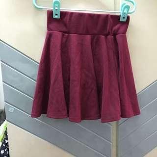 暗紅色裙。 韓風。全新。短裙 迷你裙。 Lulus Queens hop