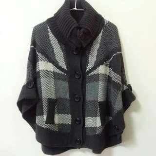 針織斗篷毛衣