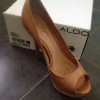 Aldo Taupe Heels
