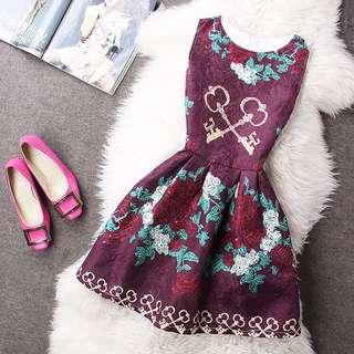 INSTOCK Pretty Dress