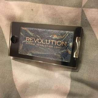 💸Makeup Revolution Baked Eyeshadow 'Blue Planet'