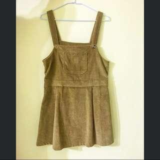 燈芯絨可愛吊帶裙(可議價)