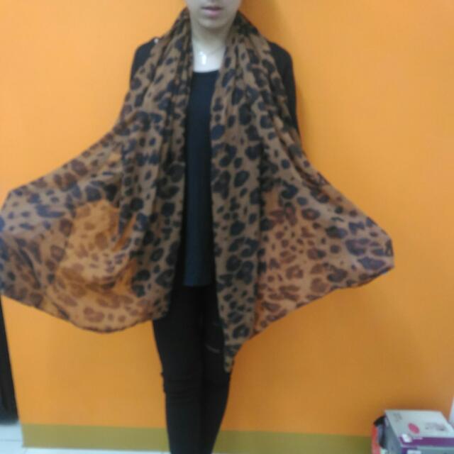 豹紋圍巾披肩