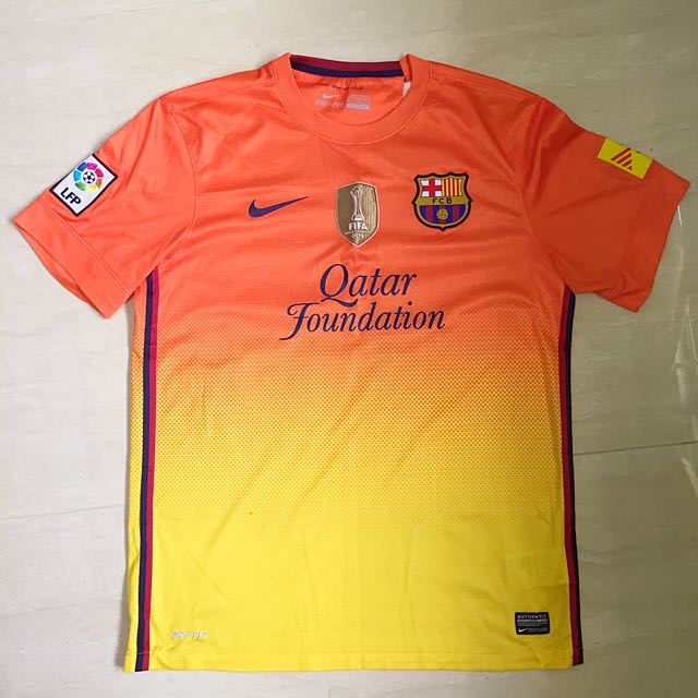 sports shoes 2d820 33383 Barcelona Away Kit 2013/2014, Sports on Carousell
