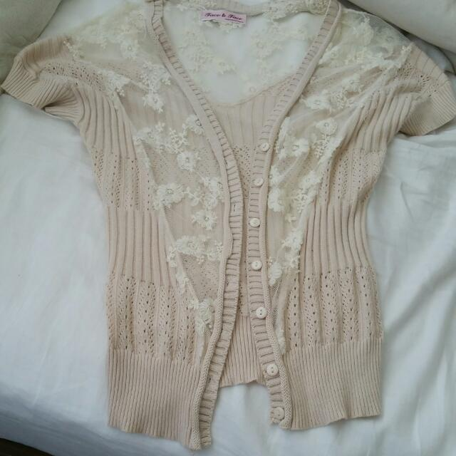 Cream Lace Sleeveless Cardigan Size S to M