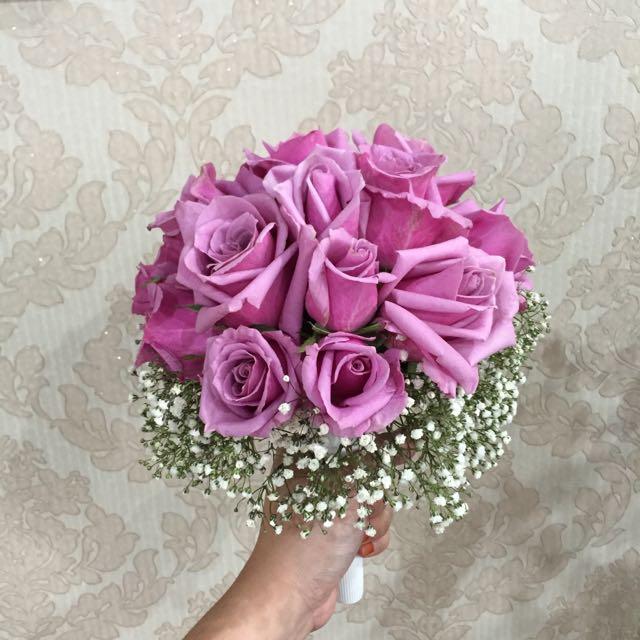 Hand Bouquet Fresh Flower, Design & Craft on Carousell