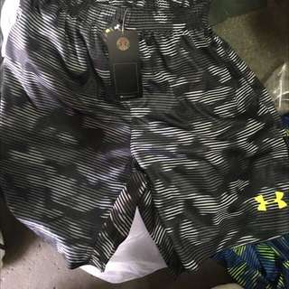 UA 運動短褲