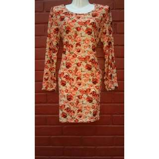 (BNWT) Floral Bodycon/Dress