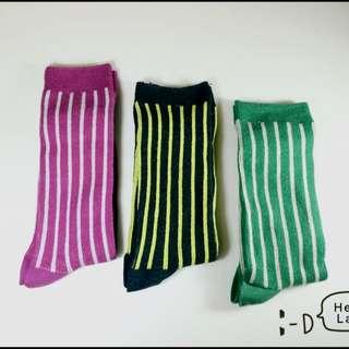 撞色直條紋長襪
