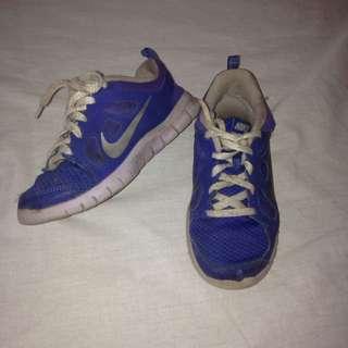 Preloved Nikes