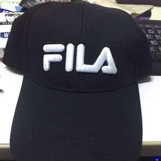 便宜大出清~ FILA 黑色  復古 老帽 棒球帽鴨舌帽