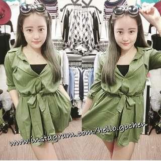 軍綠連身裙