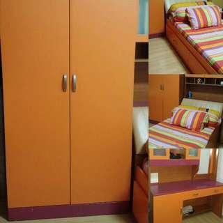 (PENDING) Bedroom Set