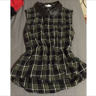 Checkered sleeveless top [Size 10 to 12]