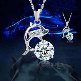 Stunning diamond dolphin necklace [White] or [Blue]