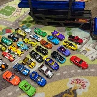 二手!hotwheels合金玩具車31台加拖板車