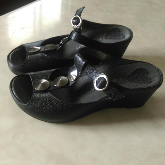 (含運)百貨專櫃Clay Derman復古女皮拖鞋