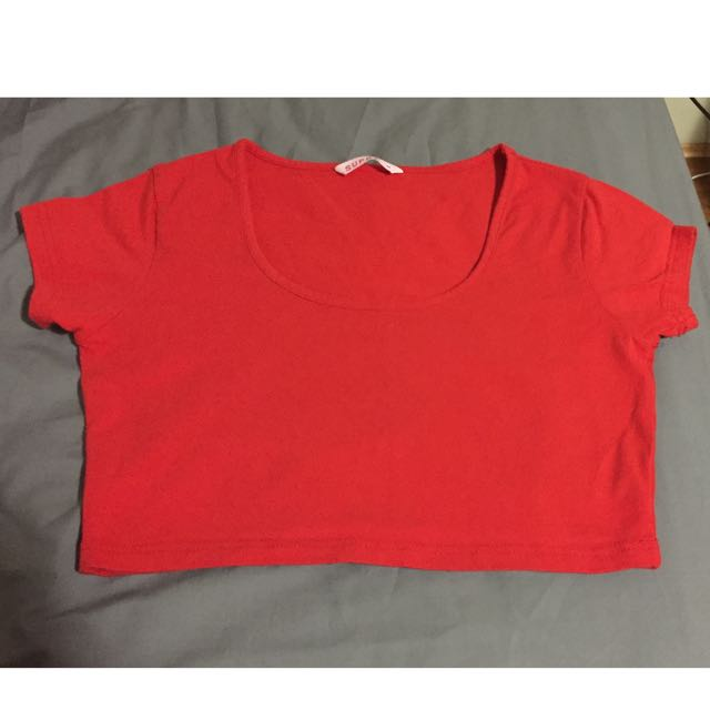 Cropped top sleeved with round neck [Size M] [Red]
