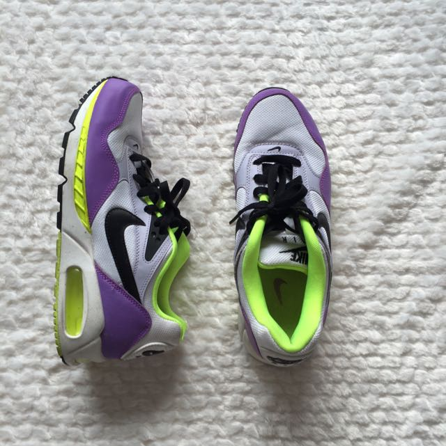 Women's Nike Airmax - US size 9