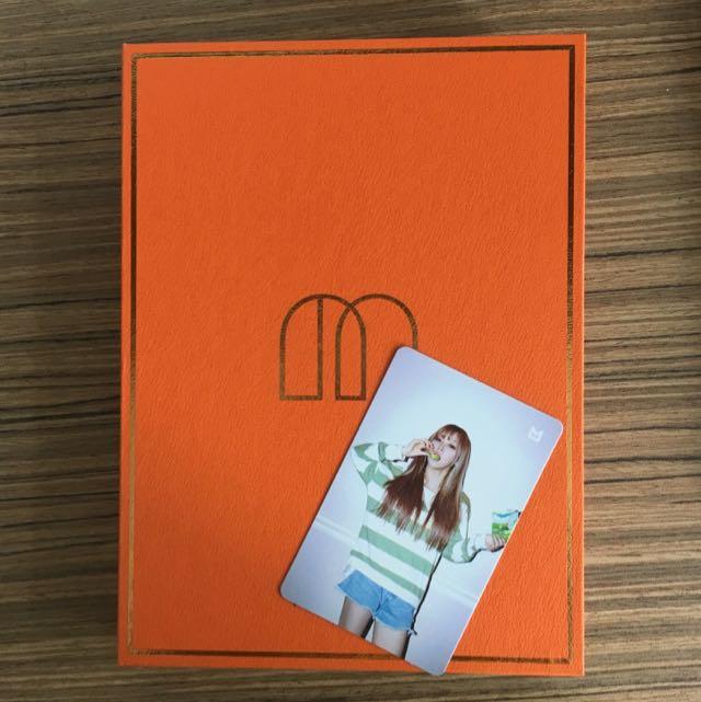 PENDING] MAMAMOO Melting Album with Moonbyul Photocard
