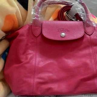 Longchamp桃色小羊皮斜背手提包(S)